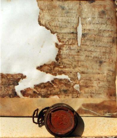 pergamena del 1200 conservata nell'Archivio Capitolare della Cattedrale di Troia