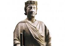 Ritratto di Carlo I d'Angiò, statua in marmo di Arnolfo di Cambio (Roma, Musei Capitolini).