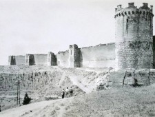 1944-08-13 - Lucera - Fortress of Frederick II - Foto di Albert Chance Special Collection, Gettysburg College